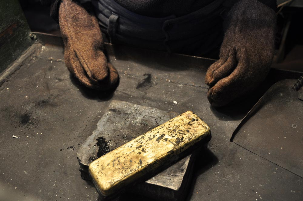 Large nuggets are rare here – gold is found mainly in dust form, but even that is becoming rare.