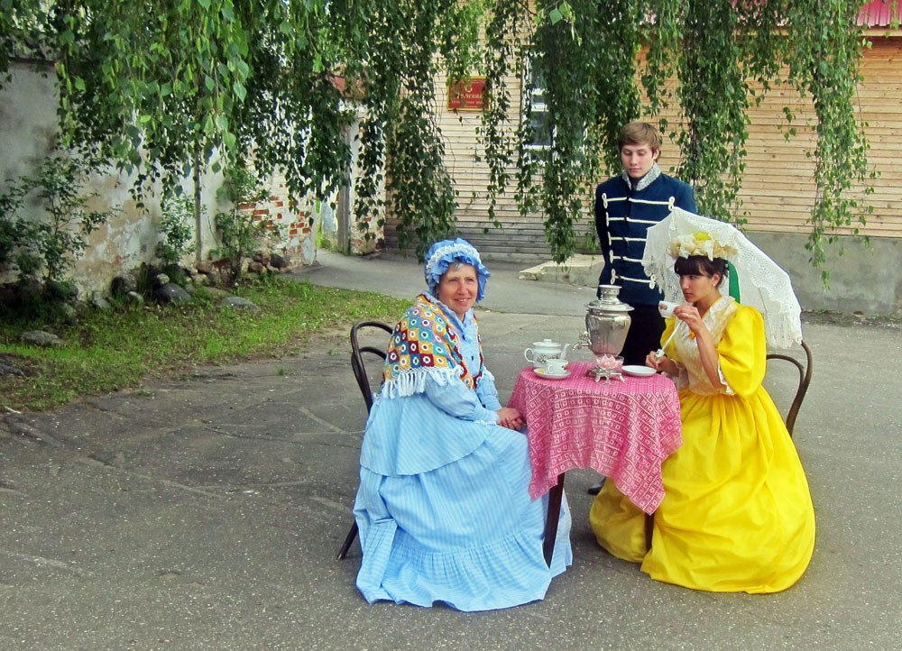 Actors in Myshkin try to convince tourists that time stands still there.