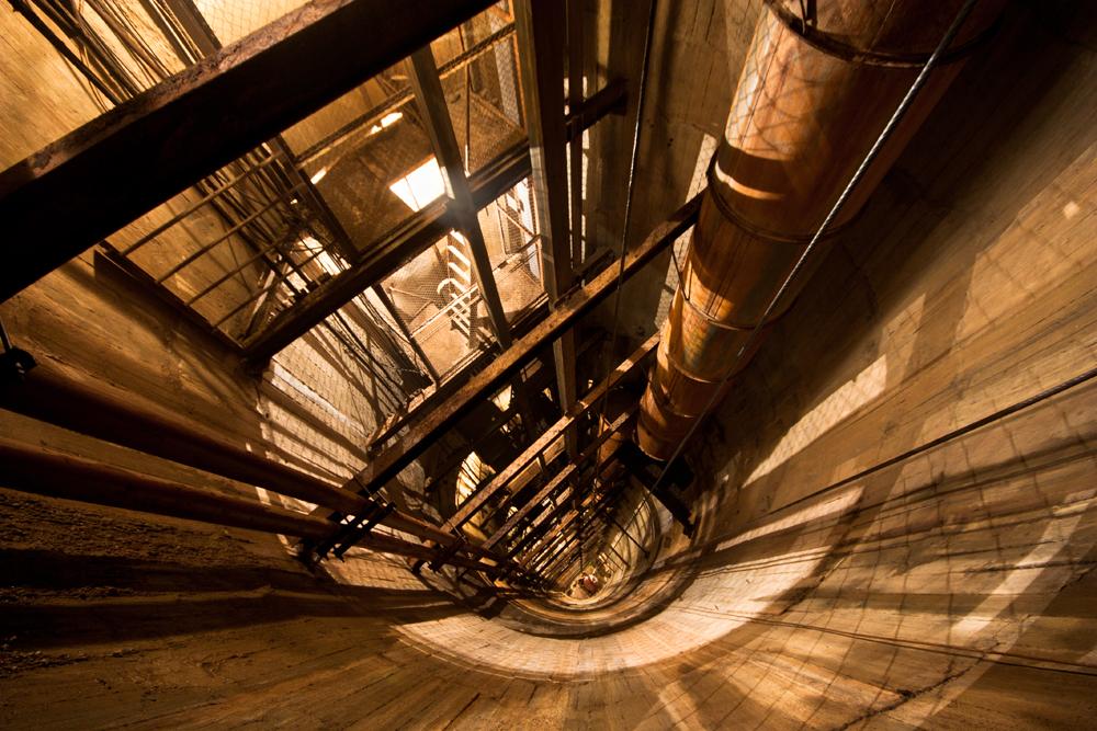 Cerca de três mil pessoas percorrem as passagens subterrâneas como um hobby.
