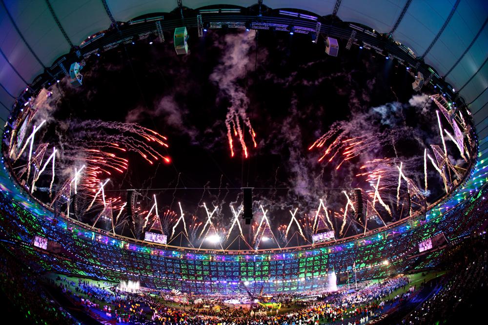Feux d'artifice lors de la cérémonie de clôture des 14e Jeux paralympiques d'été de Londres.