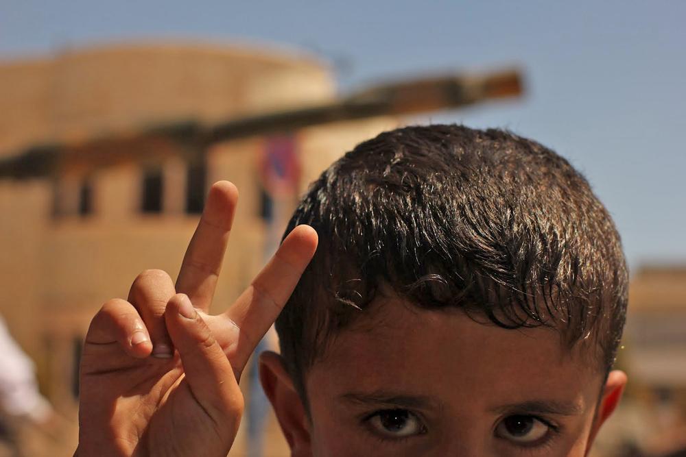 """Isu mengenai """"Tentara Suriah yang membantai warga sipil"""" adalah sebuah kebohongan yang disebarluaskan media Barat."""