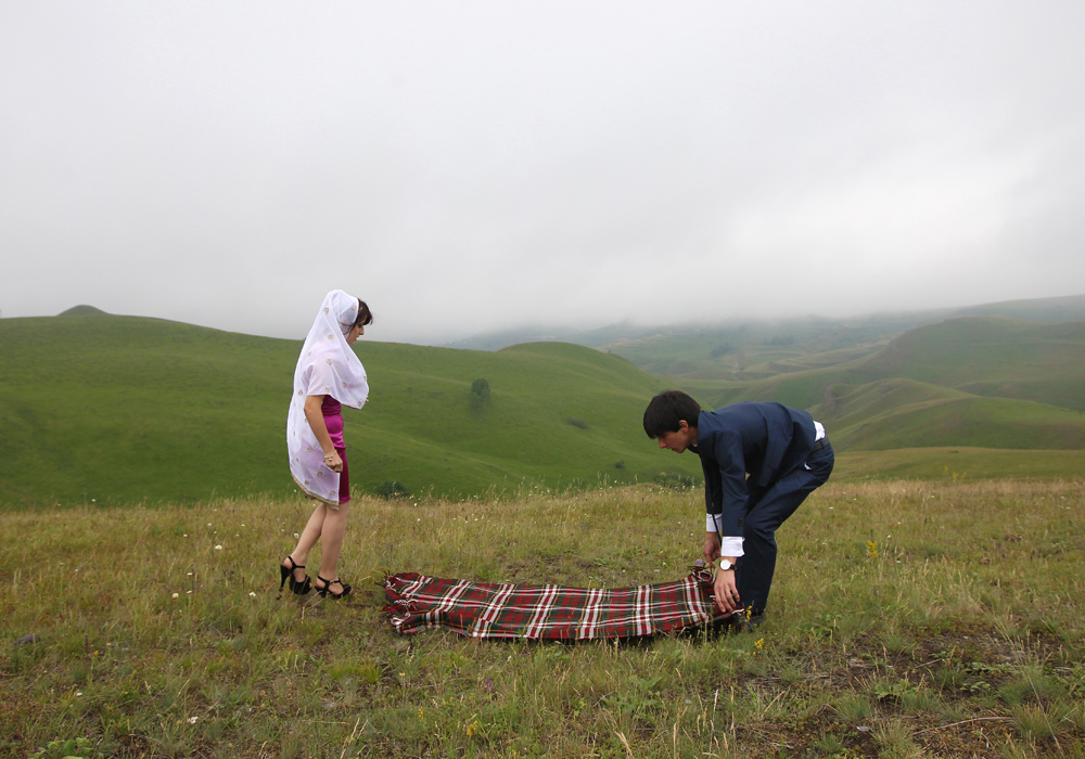 Customs and traditions in Dagestan are preserved to a greater extent in rural areas. For example, nikah. Nikah is an Islamic ceremony of marriage, it is an essential part of Muslim marriage.