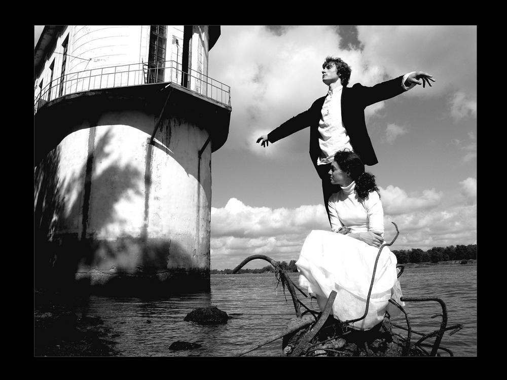 """Gli scatti dell'artista Petr Lovygin, riconosciuto a livello mondiale, saranno esposti dal 6 al 16 novembre 2012 al Centro Russo di Scienza e Cultura di Roma. """"Fall in love"""" è una delle tre serie di opere che saranno presentate a Roma insieme a """"Russia"""", """"Lui mio non torna da me"""""""