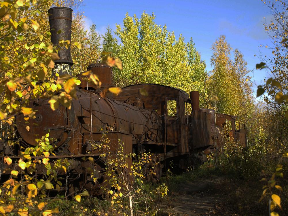 Le travail a été essentiellement réalisé à l'aide de locomotives prérévolutionnaires qui manquaient de puissance. Onze locomotives construites entre 1904 et 1907 étaient sur place, ainsi que près de 80 wagons.