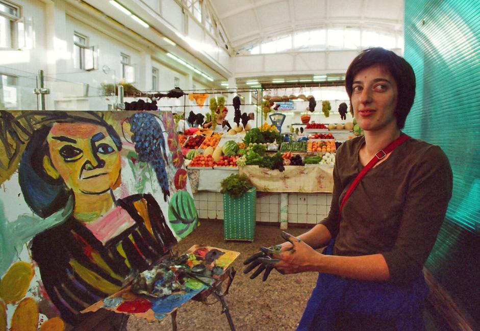 Cette brève exposition a été organisée par Evgenia Golant, membre de l'Union des artistes depuis 2003.