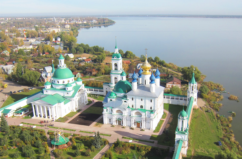 The Spaso-Yakovlevsky Monastery,Rostov, Yaroslavl Region // The Spaso-Yakovlevsky Monastery located on the outskirts of Rostov on the shore of Lake Nero, one of the oldest Russian towns which is situated 210 km to the north east of Moscow. The monastery was founded in the 14th century by St Iakov of Rostov.