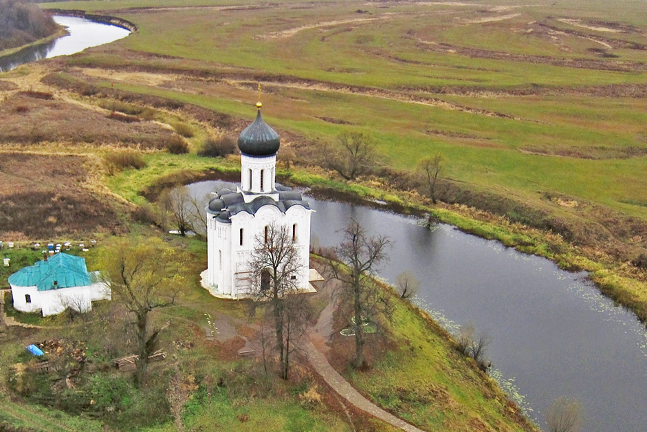 The Church of the Intercession of the Holy Virgin, Bogolubovo, Vladimir Region // The Church of the Intercession of the Holy Virgin on the Nerl River is an Orthodox church and a symbol of mediaeval Russia. The church is situated at the confluence of Nerl and Klyazma Rivers in Bogolyubovo, 13 km north-east of the ancient city of Vladimir. The church was built in white stone in 1165.