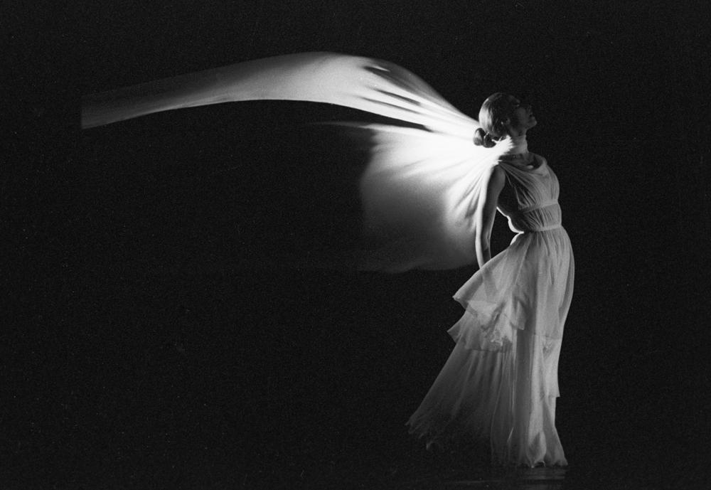 Interpretando a Isadora en el ballet del coreógrafo belga Maurice Bejart, 1986