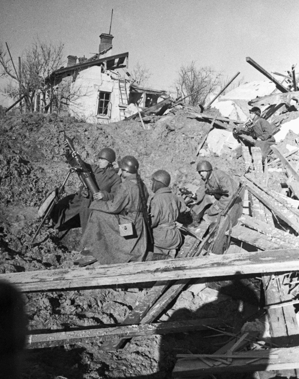 The victory in Stalingrad cost the Soviet people titanic efforts. Stalingrad was one of Hitler's main aims from the very beginning of his war against the Soviet Union. If he managed to conquer this city, this would enable his army to reach the Caucasus, a region rich with oil.