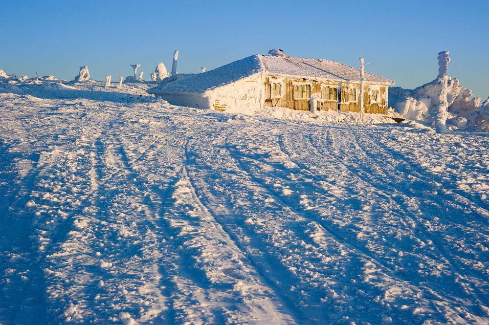 In den Wintermonaten ist der Nationalpark vor allem für Skiurlauber aus dem Gebiet Tscheljabinsk und aus Miass attraktiv.