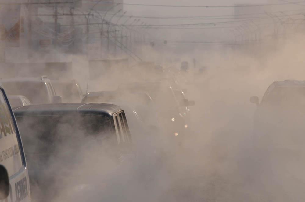 Klima u Novosibirsku i njegovom predgrađu je kontinentalna. Najniža temperatura izmjerena je 9. siječnja 1915. (-51.1 °C).