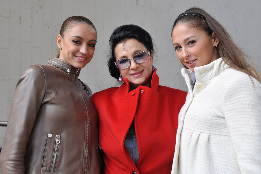 Al termine della sua carriera sportiva, Evgenia Kanaeva ha in progetto di continuare a studiare, e di dedicarsi in particolare alle lingue straniere