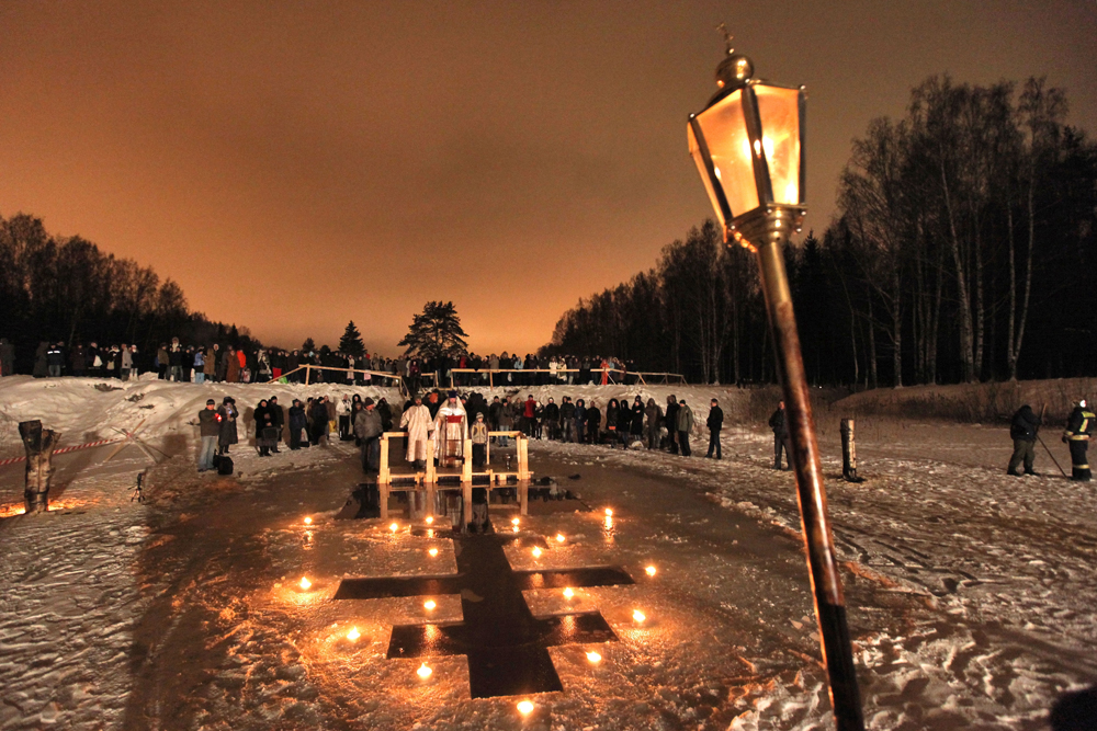 Those who are frightened or who are unable to submerge themselves in the water are told not to worry – there is nothing in the rules of the Orthodox Church saying that every good Christian has to bathe outdoors to mark the Epiphany. (Saint Petersburg region, Russia)