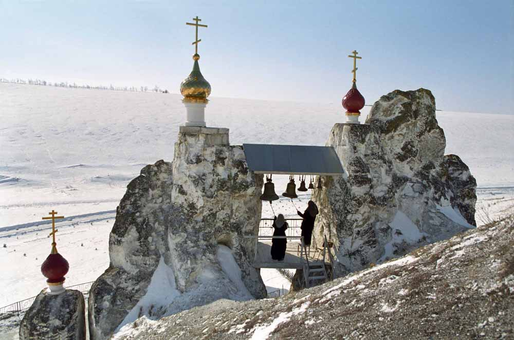 The cathedral itself is situated in the cave under the steeple // The complex consists of two cave cathedrals and five caves for monastery dwellers. Located 124 miles from Voronezh, this monastery is a great site for tourists.