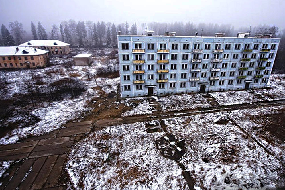 Ninguém quer viver na pequena cidade de Pavlovsk, na região de Moscou. Quando a instalação militar foi fechada, o trabalho desapareceu.