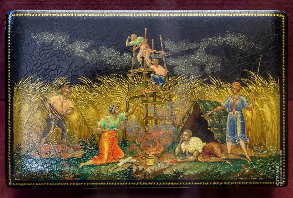 The motifs for these miniatures were typically taken from everyday life, classic works of literature, fairy tales, folk poems and songs. The work is usually done on a black background with decorations in gold.