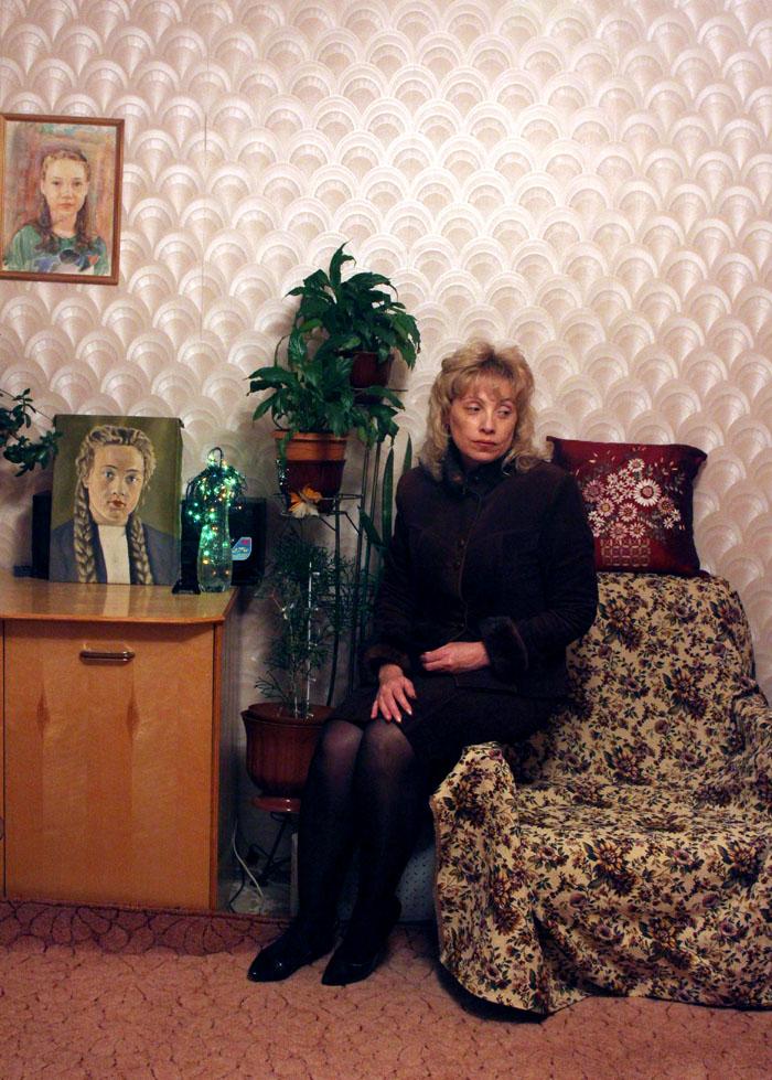 """Irina, 42 anni, è una donna d'affari. Crede che le donne di Ivanovo siano molto diverse dalle altre: """"Siamo sempre eleganti, ci prendiamo cura di noi. È un onore per un uomo stare con una donna così; solo che nessun uomo qui è degno di noi"""""""