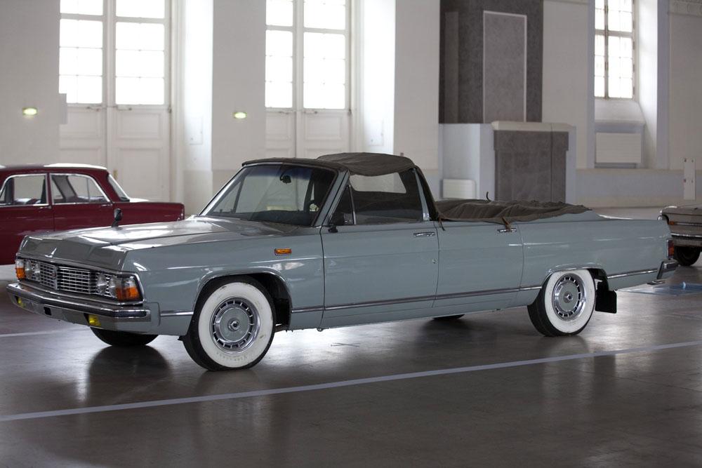 ジルの乗用車はマイバッハやロールスロイスと同等の価格設定だが、旧ソ連諸国外ではほとんど知られておらず、年間生産台数は滅多に数十台を超えない。