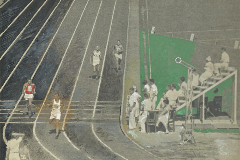 レース。「ディナモ」スタジアム。 1935年。アーティストのゼラチン•シルバー•プリント、ガッシュ。 // 1920年代半ばから、A.ロドチェンコは、自身の写真を色付けする忘れられた技法を復活させた。着色の使用に、写真編集の経験が役立った。