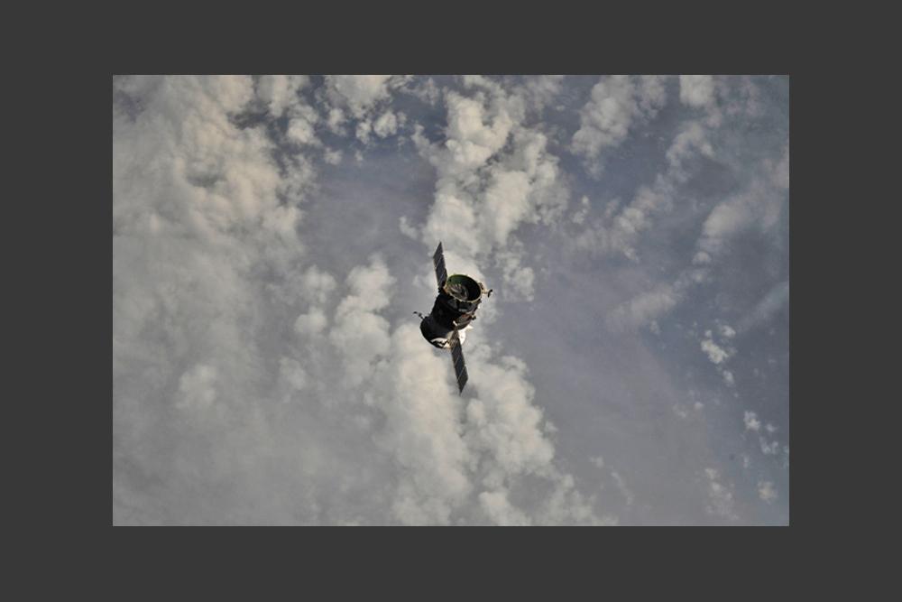 米国にはロシアの持っていないものがあるが、ロシアにも米国にないものがある。例えば、ISS からの予定外の緊急避難は、ロシアのソユーズ宇宙船でのみ可能だ。