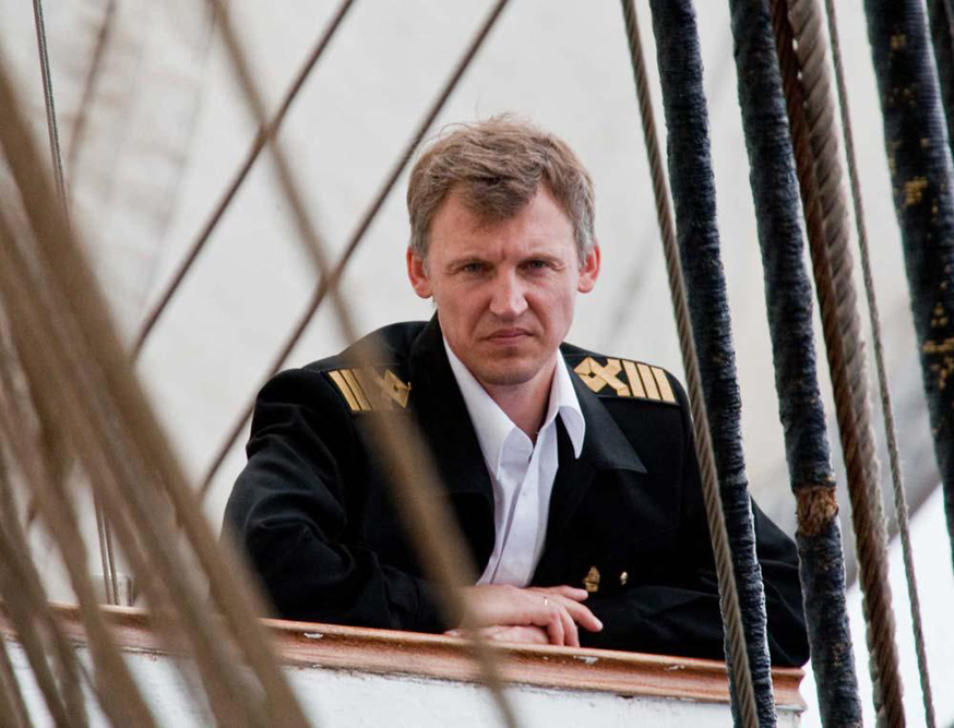 """Aboard the Kruzenshtern you are offered not only sailing to observe sea beauties. You can become a voluntary """"full staff"""" crew member and you will be able to fulfill all the sailor's duties."""