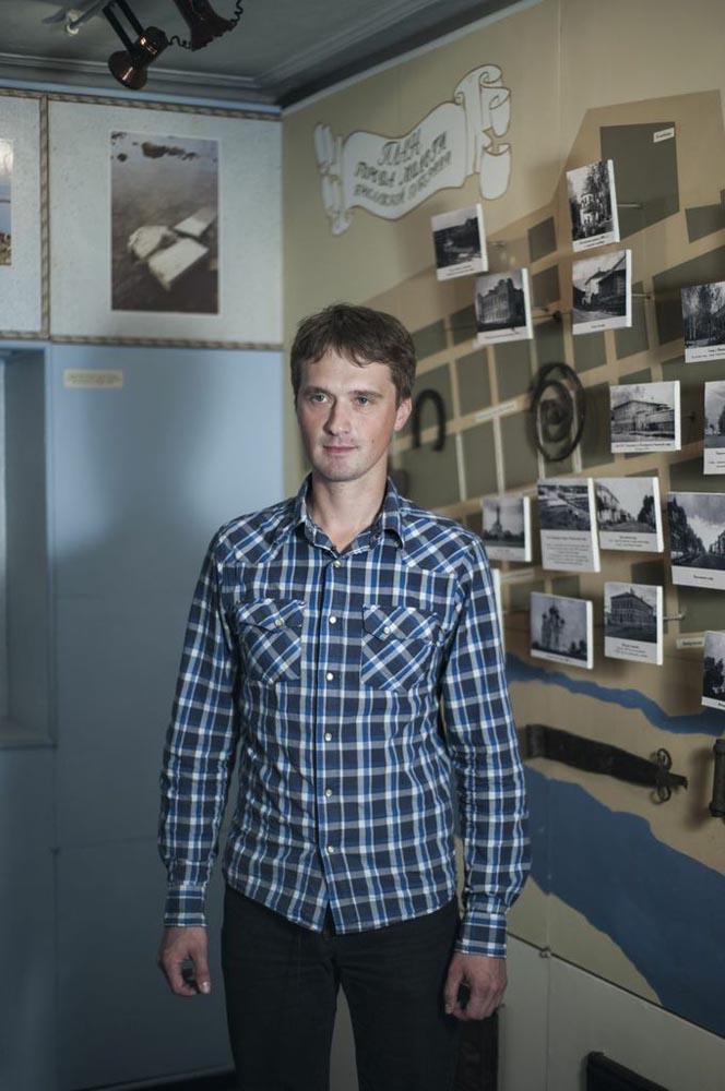Анатолиј Клопов, директорот на Музејот на Молога во Рибинск е еден од оние кои ја чуваат историјата на овој загубен град.