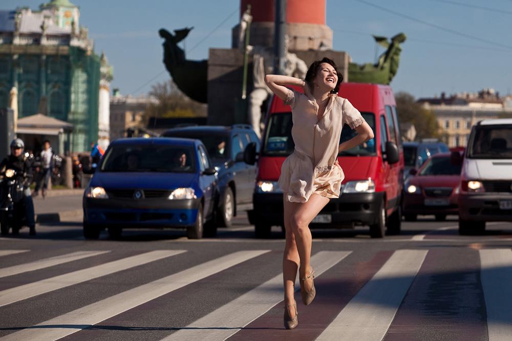 市内にはダンスやパフォーマンスを披露できる人気のスポットがいくつかある