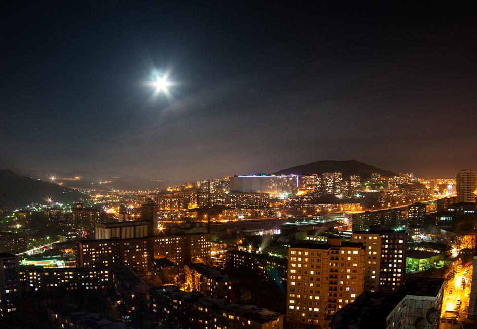 La population a cependant régulièrement décru, et ce non pas seulement à cause de la crise démographique russe.