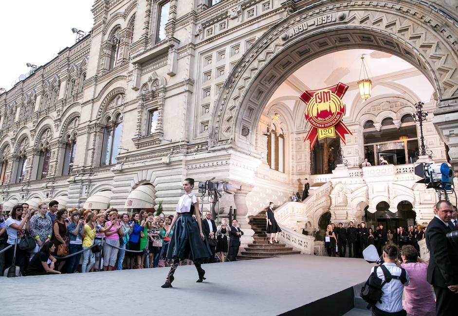 ディオールのショーはロシアで波紋を呼んだ。