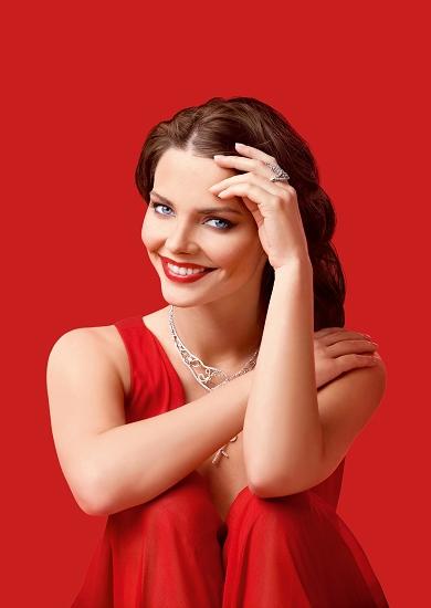Elizaveta se 2010. udala za glumca Maksima Matvejeva a 2012. rodio im se sin.