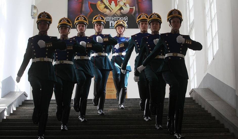 Pripadnici puka služe u gotovo svim službama u jedinicama Federacije, službe sigurnosti (SFO), kao i u Ministarsvu obrane, u centru posebne namjene Federalne službe sigurnosti (FSB) i specijalnim jedinicama pri Ministarstvu unutrašnjih poslova.