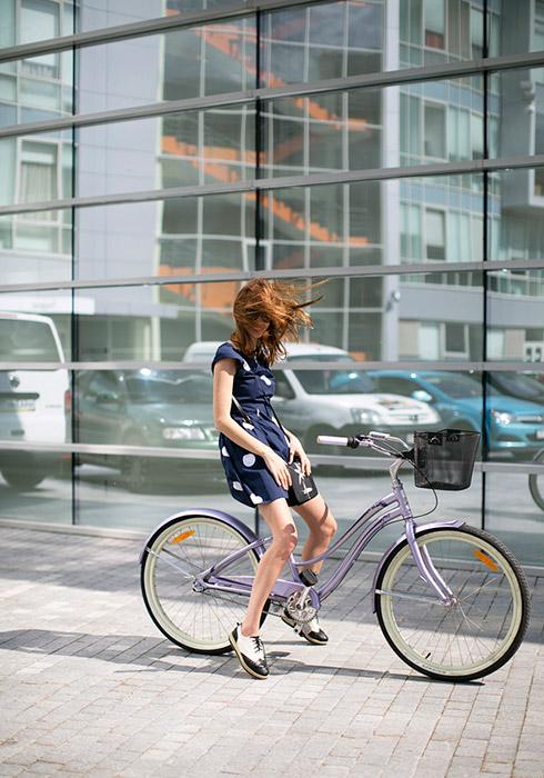 6月にモスクワは、サイクリング・インフラの発展に注目させるために「ヴェロパレード」(自転車パレード)を開催した。2年続けての開催だ。/リューバ。サイクル・トレック