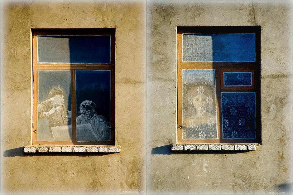 「タイムス」紙を読む窓際の老人、ベンチに座るツィオルコフスキー・・・誰もが「同時進行の」ボロフスクの住人だ。これらの人々と出会うこともある。