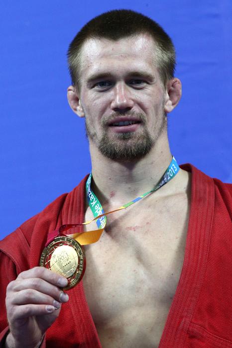 パーヴェル・ルミャンツェフはサンボ90キロ級で金メダルを獲得。この金メダルはロシア代表にとって、今大会100個目となった。