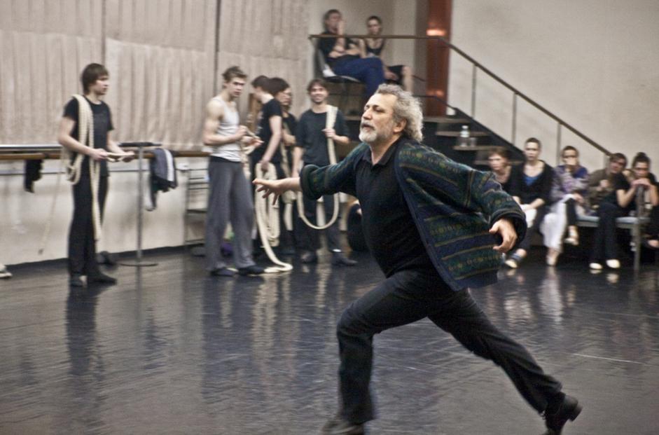 V poznih 70-ih in v začetku 80-ih let Eifmanov balet razvije svojevrsten pristop k ustvarjanju novega repertoarja. Na sporedu gledališča se je začelo pojavljati vse več del svetovne klasične literature. Koreograf je v predstavah naslavljal klasične zgodbe in raziskoval nove žanre. Ustvaril je nove baletne predstave, za katere je značilna ostrina koreografskih vzorcev, ki so odražali goreče strasti likov: Figarova svatba, Dvanajsta noč, Legenda, Therese Raquin, Idiot, Dvoboj, Mojster in Margareta in tako dalje.