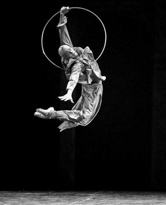 Danes Ejfmanov balet iz Sankt Peterburga ljubitelji baleta po vsem svetu poznajo po predstavah, kot so Čajkovski, Jaz, Don Kihot, Rdeča gazela, Ruski Hamlet, Ana Karenina, Galeb, Onjegin. / Na sliki: Sergej Volobujev, glavni plesalec v predstavi Don Kihot.