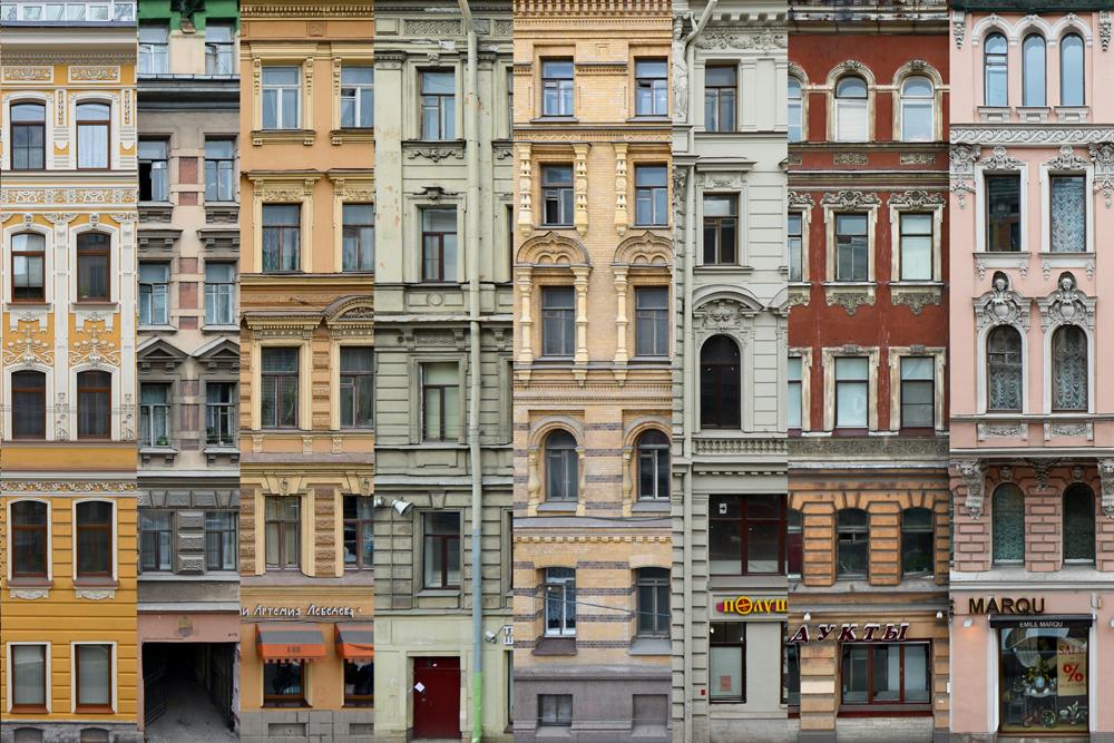ロシア人ブロガーが、サンクトペテルブルクの歴史的中心部にある古い建物を捉える。