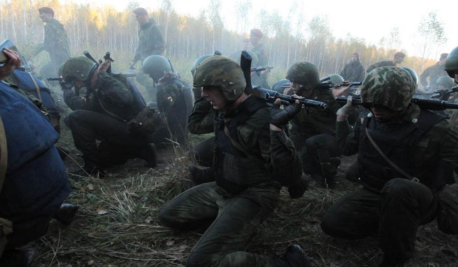 """1/13. У центру за обуку """"Горни"""" одреда за специјалне операције """"Јермак"""" Сибирске регионалне команде специјалних војних јединица при Министарству унутрашњих послова Русије одржано је тестирање за стицање права на ношење црвене беретке."""
