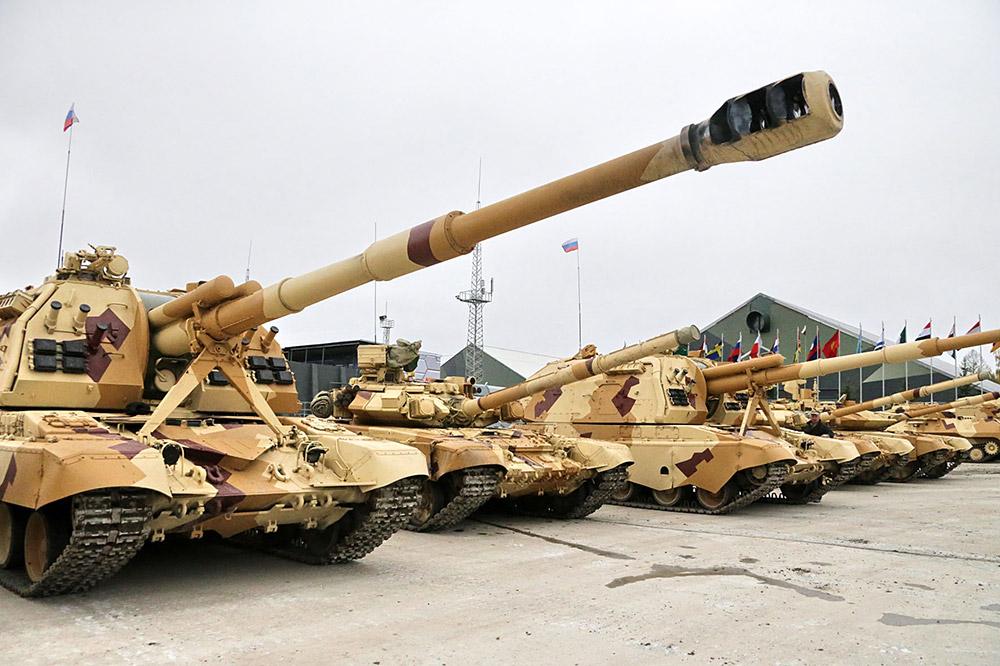 アリーナ-Eは輸出専用に設計されたシステムだ。戦車に近づく中空充電手榴弾や誘導ミサイルを空中で確実に破壊する、このような防御システムを開発したのはロシアが初めて。