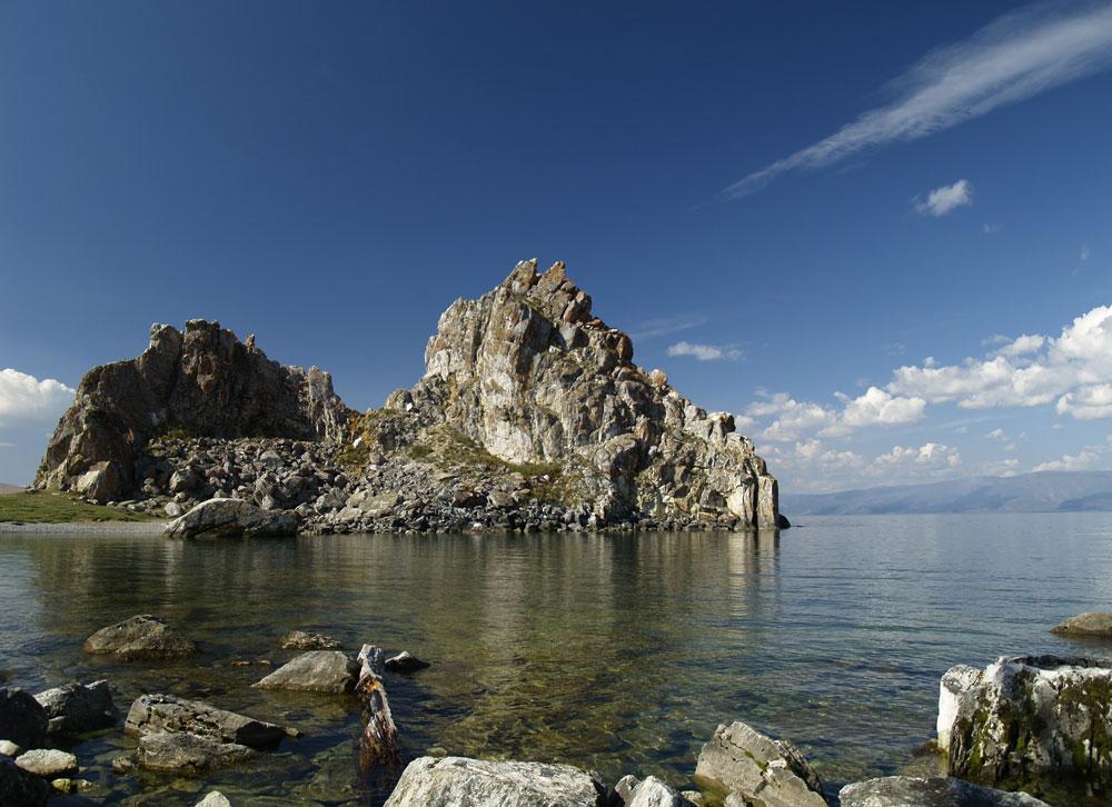 Danau Baikal adalah sebuah ekosistem yang dihuni oleh ribuan jenis burung, hewan, tumbuhan, ikan, dan mikroorganisme, banyak di antaranya tidak ditemukan dalam perairan lainnya di dunia. Danau ini tak dapat diprediksi dan cuacanya dapat berubah seketika, tetapi meskipun demikian, wilayah Baikal berada di urutan kedua setelah California dalam daftar situs yang mendapat sinar matahari terbanyak setiap tahunnya. Lokasi ini juga terdaftar sebagai Situs Warisan Dunia UNESCO.