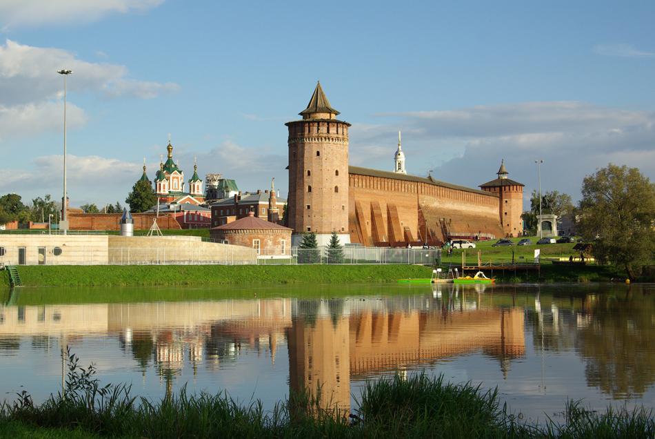 700 objek dimasukkan ke dalam tahap awal kompetisi, termasuk beberapa monumen arsitektural dan budaya negara yang menonjol, serta lanskap alami. Sebanyak 80 dari objek-objek tersebut maju ke putaran kedua kompetisi setelah mengumpulkan jumlah suara terbanyak. // Hasil penghitungan putaran kedua menunjukkan Kolomensky Kremlin memimpin perolehan suara, melebihi Masjid Heart of Chechnya yang telah lama memegang tempat pertama.