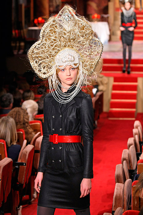 Now the kokoshnik is a prized possession of world fashion. / CHANEL Paris-Moscou Pre-Fall 2009