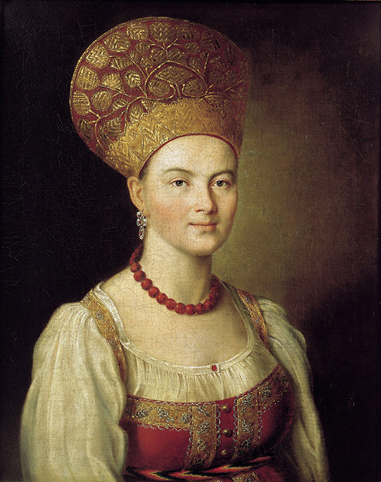 The shape of the kokoshnik varied greatly from region to region, but tended to depend on the particularities of  the tradition of putting hair up in a harness or two braids: around the head over the forehead, on the neck, on the temples, etc. / Ivan Argunov Portret of a Peasant Woman.