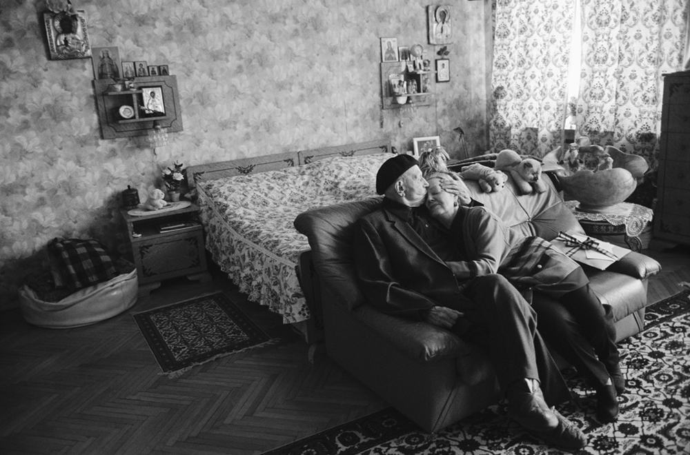 """His One Hundred and First Birthday"". Picture of the legendary choreographer Igor Moiseyev at home with his wife Irina. Third place in the Everyday Life category, 2007.//Vladimir Vyatkin"