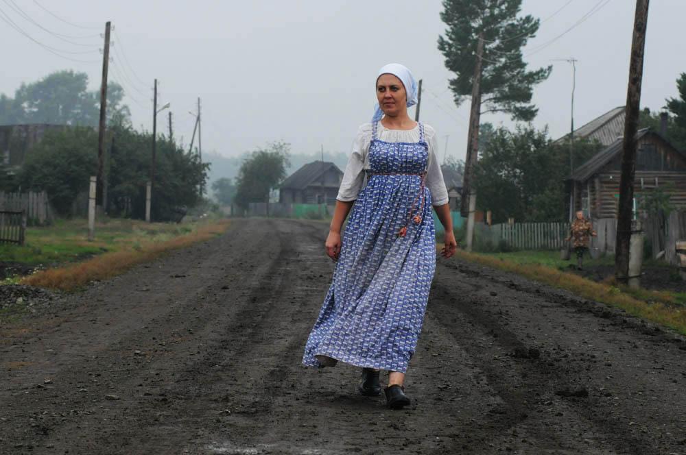 Le village de Bergoul à proximité de Novossibirsk se trouve à la croisée des marais et d'une plaine dans la partie sud-ouest de la Sibérie. C'est là que les vieux-croyants Théodosiens vécurent pendant plus d'un siècle.