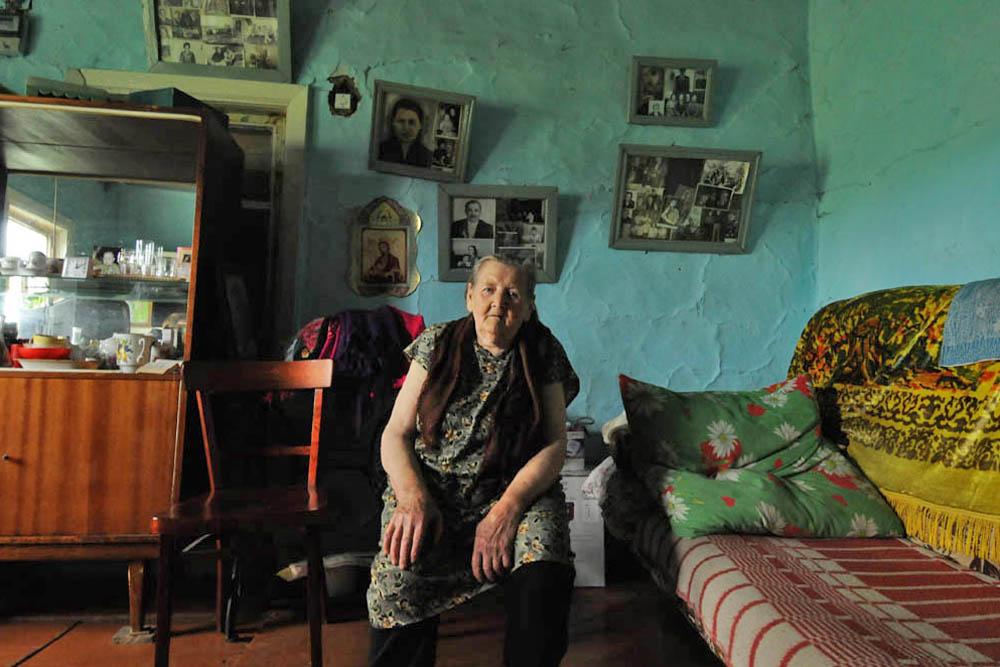 Mais, malgré leur éloignement, les vieux-croyants ne purent échapper aux changements des années 1930 qui affectèrent toute l'Union soviétique qui rejeta la religion. La propagande athéiste s'accompagnait de nombreuses arrestations et de persécution religieuse.