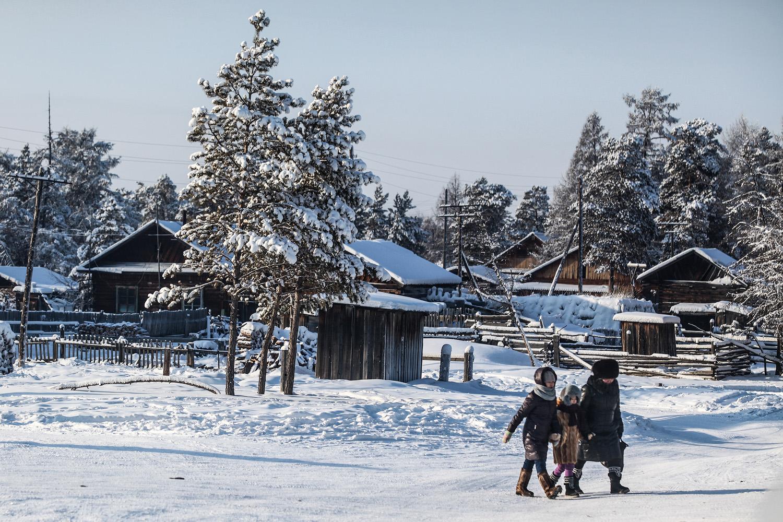 Njezina umjetnička radionica nalazi se u malom selu u oblasti Gorni. Dapače, nalazi se na samom kraju sela i okružena je čarobnom zimskom šumom.