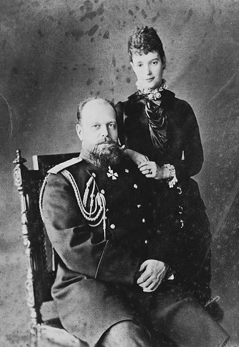 Initially, Maria Fyodorovna, daughter of King Christian IX of Denmark, Princess Dagmar, was engaged to Alexander III's brother, Nikolai. At the age of 21 and already engaged, he went abroad and, while there, died of tuberculosis. He was the oldest son and, thus, the heir to the throne. / Maria Fyodorovna and Alexander III