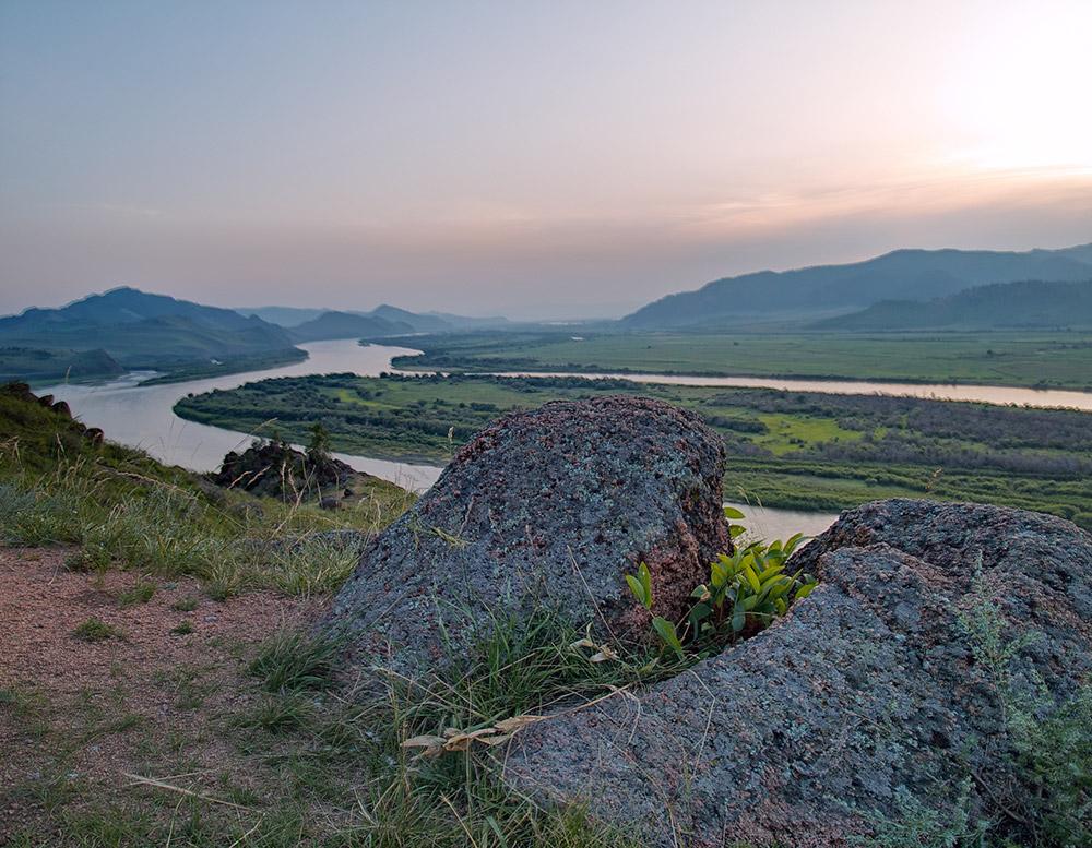 Il s'agit d'un site naturel et d'un des endroits sacrés pour les bouddhistes, religion dominante en Bouriatie.