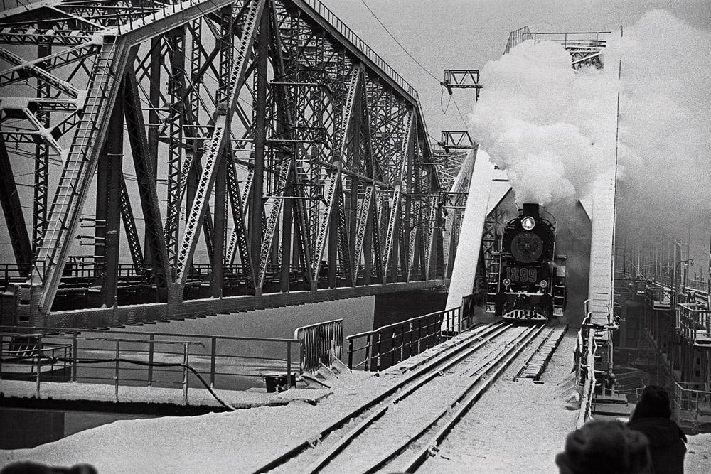 Die Baikal–Amur Bahnstrecke, Region Krasnojarsk, 1980s © Anatoli Blelonogow.